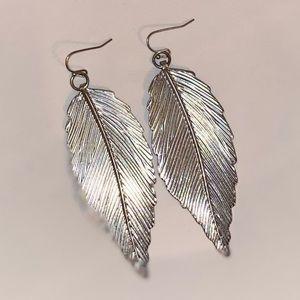 Aldo feather earrings